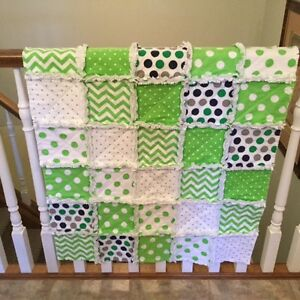 CRIB QUILT - LIME GREEN RAG QUILT London Ontario image 2