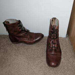 Size 9, leather boots from Softmoc