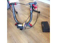 Minoura V130 Turbo Trainer - only used a few times with front wheel stand