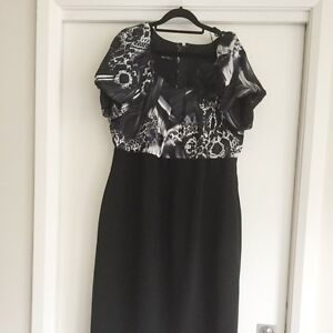Beautiful Black and White Dress size 18 Chittaway Bay Wyong Area Preview