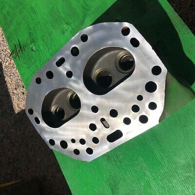 New Old Stock For 520530 Tractors - Nos B3741r Cylinder Head