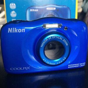 BRAND NEW - Nikon Coolpix S33 Camera 13.2 MP & Waterproof!