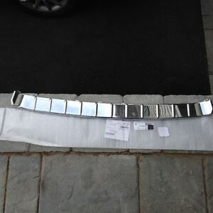 MERCEDES-BENZ 2518800011 R320, 350, 500 STEP PLATE W251
