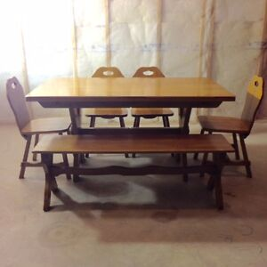 Bench buy or sell dining table sets in edmonton for Dining room tables kijiji edmonton