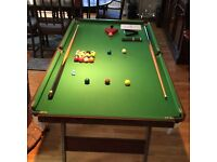 Pot Black-Snooker/pool table-6ft with cues and snooker balls £40 collect . 07909 992 882