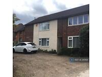 1 bedroom flat in Romsey Court, Enfield, EN2 (1 bed)