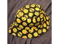 New Reversible Black Yellow Emoji Smile Smiley Face Bucket Hat Fisherman Nike Tokyo Stussy Adidas