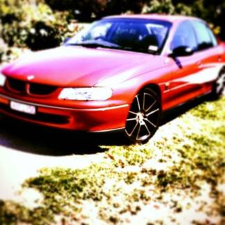 """VT Commodore. Dual Fuel lots of new parts Cheap for quick sale"""" Tootgarook Mornington Peninsula Preview"""