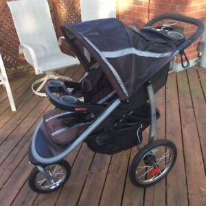 GRACO FASTACTION CLICK CONNECT JOGGER STROLLER GOTHAM