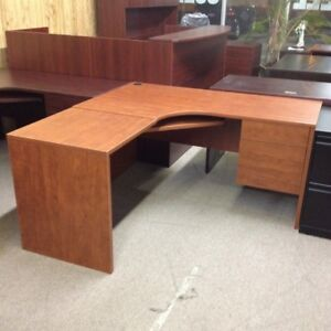 Desks, Corner workstations , brand new 5 x 5 only $449.99