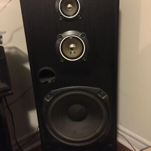 JVC Tower Speakers SP 7700 SOLD