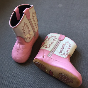 NEW Old West pink cowboy  Size 3