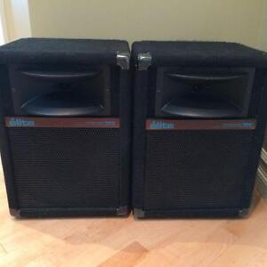 yorkville 160 elite speakers mint qsc 1200 amp mint and mixer