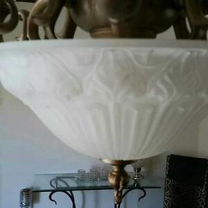 Beautiful Victorian Style light fixture West Island Greater Montréal image 4