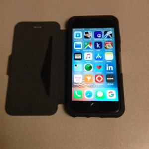 IPHONE 6s 64GB SPACE GREY IN OTTER CASE - LIKE NEW - BAY ST.