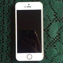 GOLD IPHONE 5, 16 GB Clyde Casey Area Preview