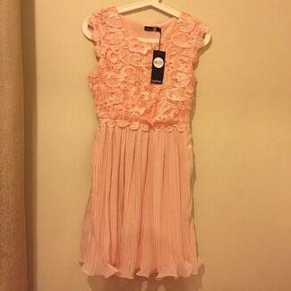 New Boohoo Prom Dress