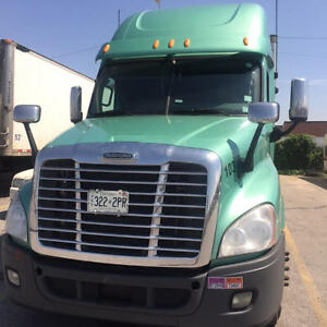 2012 Cascadia, Detroit Motor, Manual Transmission, No DPF / DEF