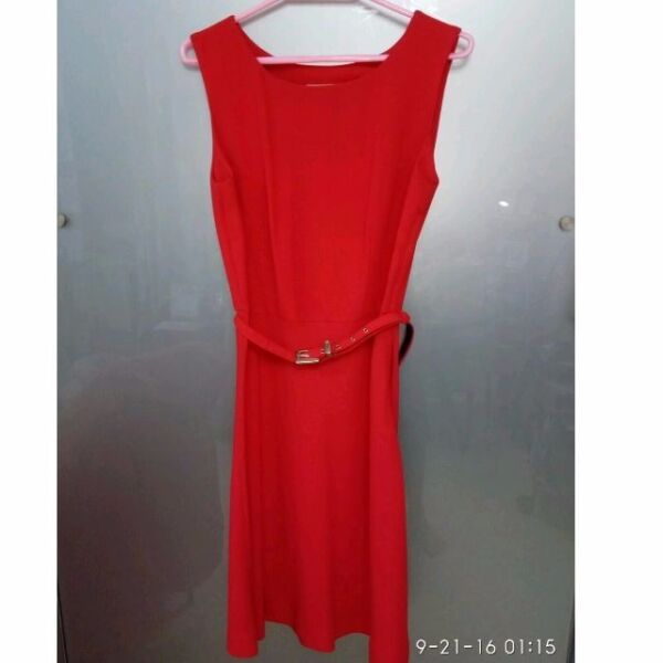 HEADQUARTERS Dress (size 8) - Red