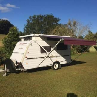Immaculate Windsor Genesis Caravan Malanda Tablelands Preview