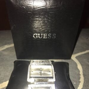 BNIB GUESS SILVER AND DIAMONTES WATCH Midland Swan Area Preview