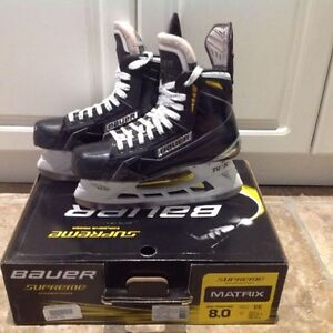 Bauer Supreme Matrix - Sz 8.0 EE (need sold asap)