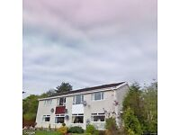 Unfurnished 2 bed lower cottage flat for rent, Milton of Campsie