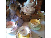 Wanted-Vintage /old tea sets /tea cups /saucers /plates /tea pots /cake stands