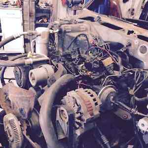 1989 chevy blazer 4.3 transmission and transfercase West Island Greater Montréal image 2