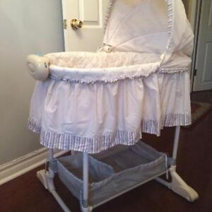 Bily Sheep Theme Bassinet - Can Meet/Deliver