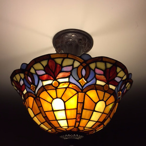 Beautiful Stained Glass Ceiling Light!