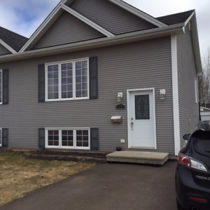 Split Level duplex for sale // 72 Devarenne St. Dieppe