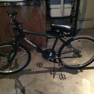 Men's Mountain Bike 24 inch wheels