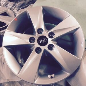 OEM like new 16 inch Hyundai Rims (fits many other cars) City of Toronto Toronto (GTA) Preview