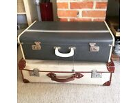 Two retro vintage suitcases: for weddings, props