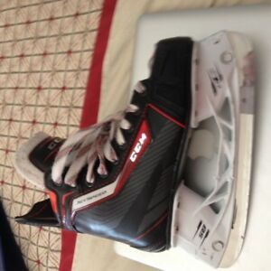 patins de hockey grandeur 3