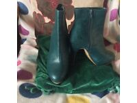 Boots size 5 for sale!!!