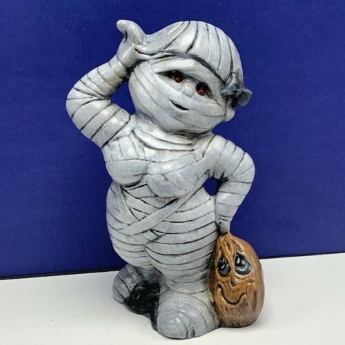 The female girl Mummy Halloween figurine decor light up eyes big boobs monster