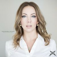 Mobile hair and makeup artist for your special event! $75