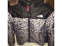 Northface X supreme Leopard coat