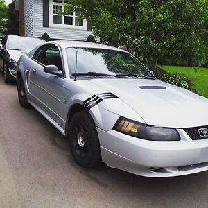 2000 Ford Mustang Coupe V6 TRADE for TRUCK