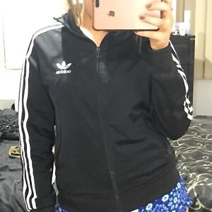 Adidas jacket Roxburgh Park Hume Area Preview