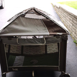 LUX ALL IN ONE PLAYPEN