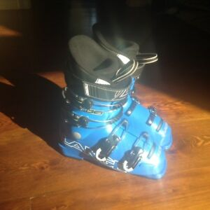 Lange Junior RSJ60 Ski Boots (Mondo 22.5) for 8-11 Yr. Olds