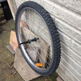 BICYCLE FRONT WHEEL (26 INC) WITH NEW TYRE.
