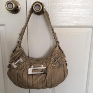 Genuine Guess Handbag Maryland 2287 Newcastle Area Preview