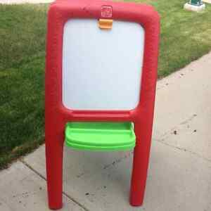 Step 2 Art Easel with a Dry Erase Board and Chalkboard