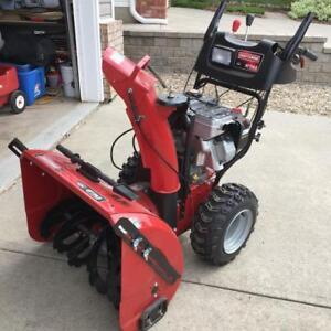 "Craftsman Snowblower - 27"" - 305 cc - 14.5 ft lbs gross torque"