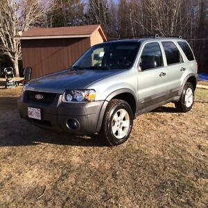 2006 ford escape 4x4 xlt low millage