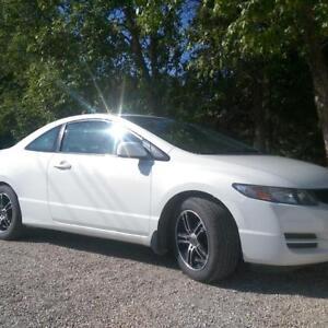 2010 Honda Civic EXL Coupe (2 door) - SAFETIED